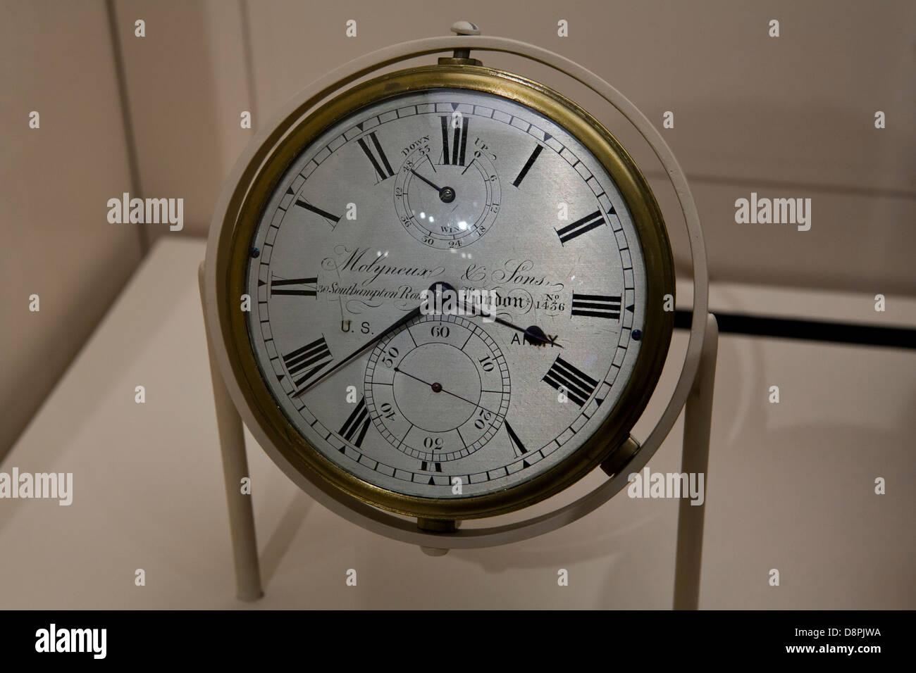 Marine chronometer by Molyneux & Sons no. 1436, ca 1830 - Stock Image