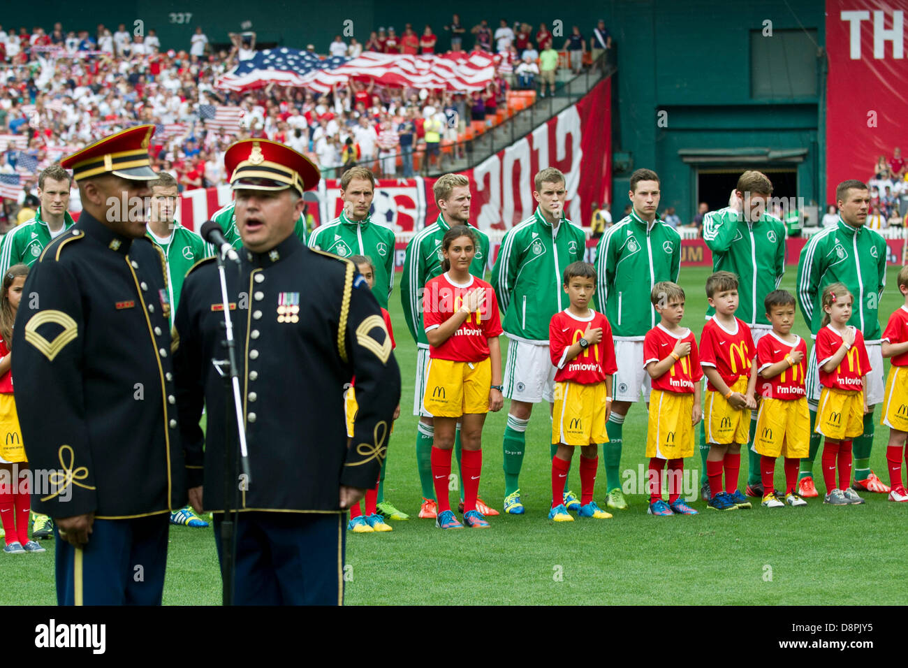 Washington DC, USA. 2nd June 2013. Members of the Armed Service's sing the National Anthem during the U.S. Men's - Stock Image