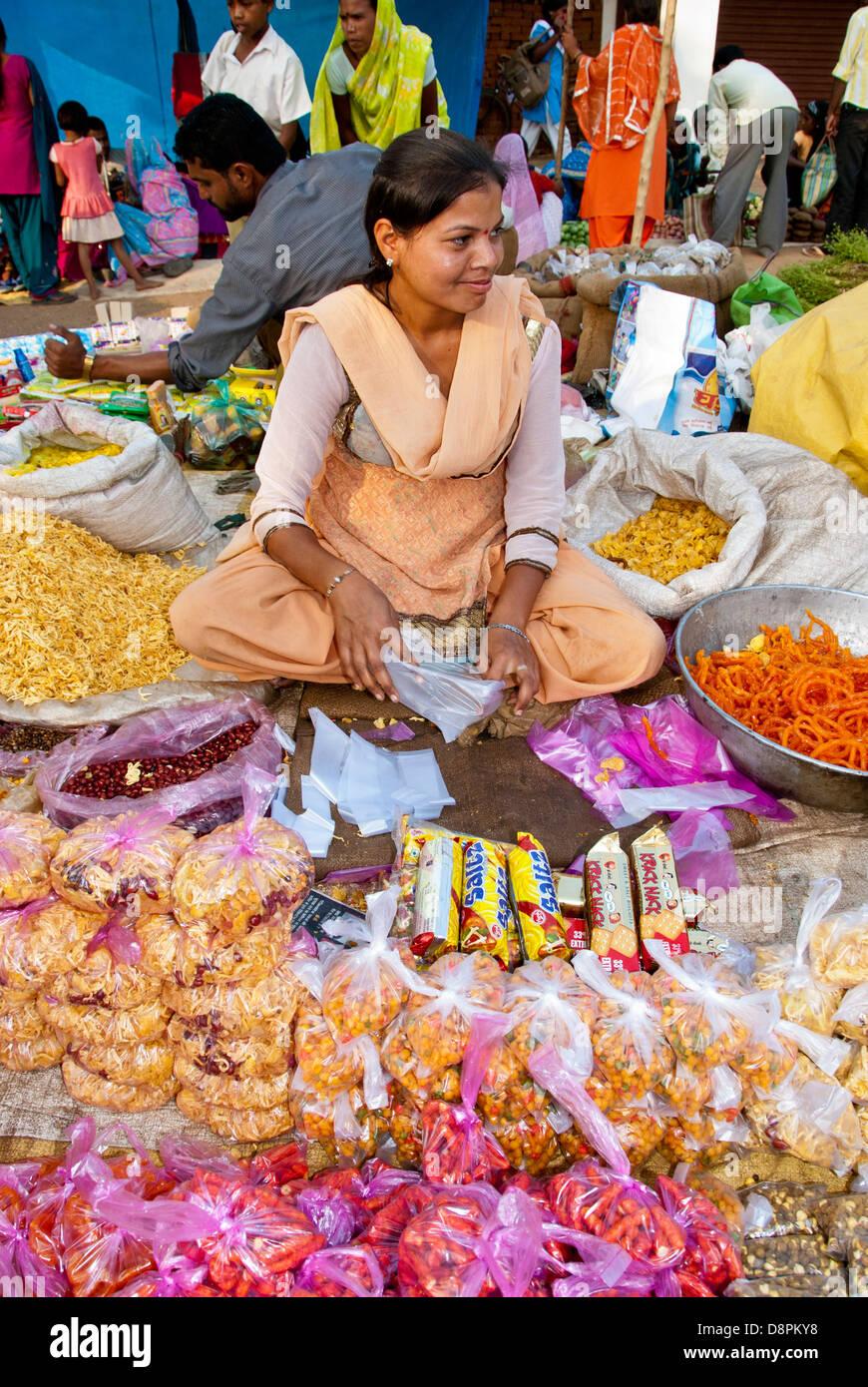 Woman street vendor in Mocha Village, Madhya Pradesh, India - Stock Image