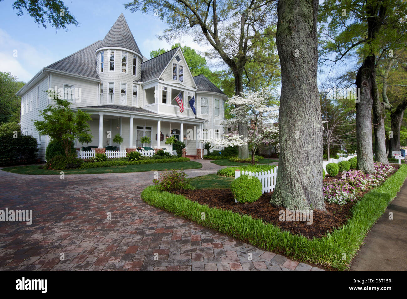 The Garden House Bed and Breakfast in downtown Simpsonville, SC USA is  shown on a - Simpsonville Sc Stock Photos & Simpsonville Sc Stock Images - Alamy