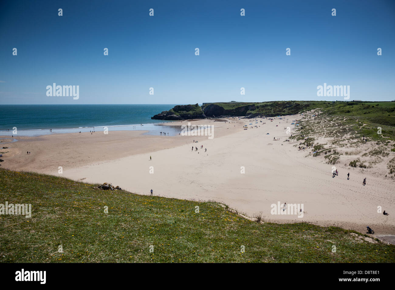 Broad Haven beach near Bosherton, Pembrokeshire, Wales - Stock Image