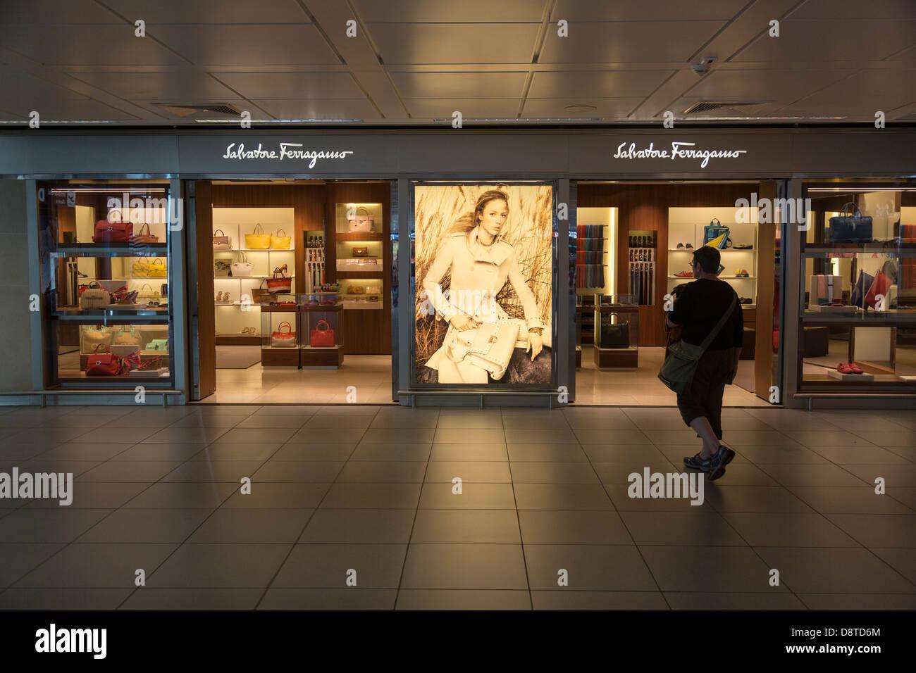 shop Fiumicino Airport, Rome, Italy - Stock Image