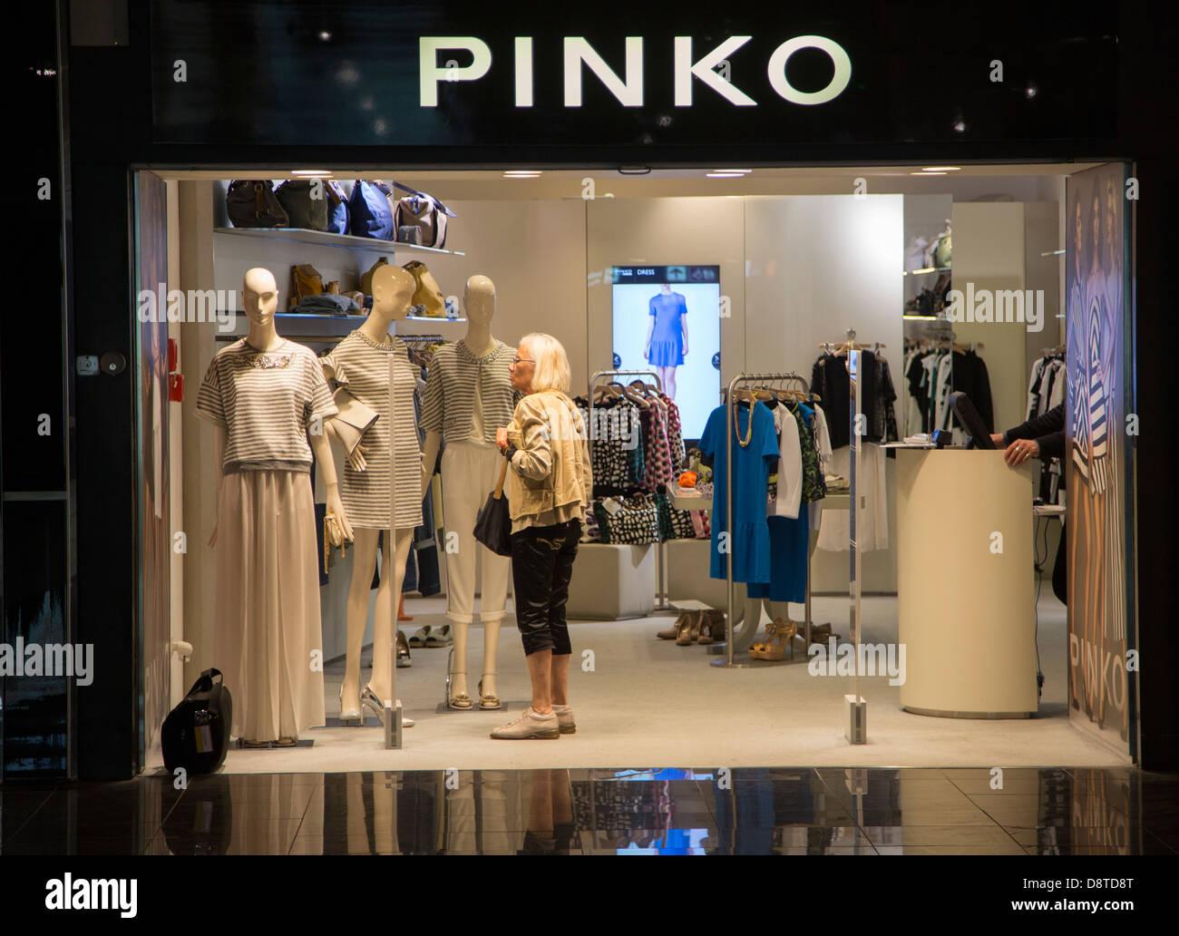 hot sale online 7fe5f de83a Pinko shop Fiumicino Airport, Rome, Italy Stock Photo ...