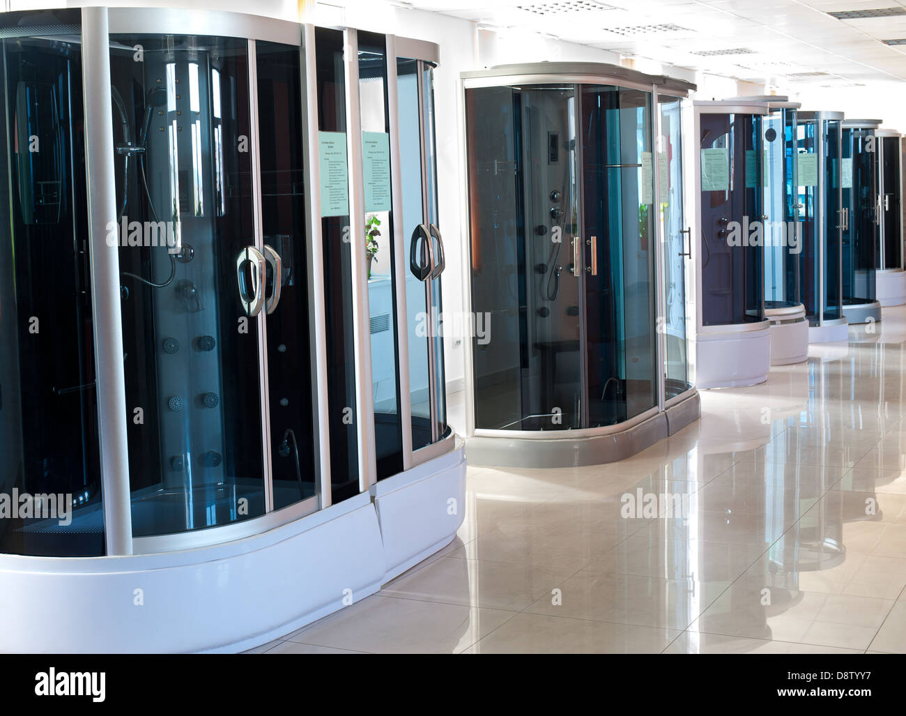 Shower Cubicles Stock Photos & Shower Cubicles Stock Images - Alamy