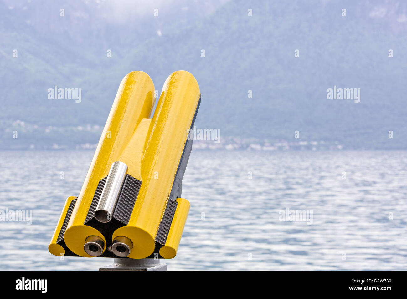 Telescope by the lakeside in Vevey - Stock Image