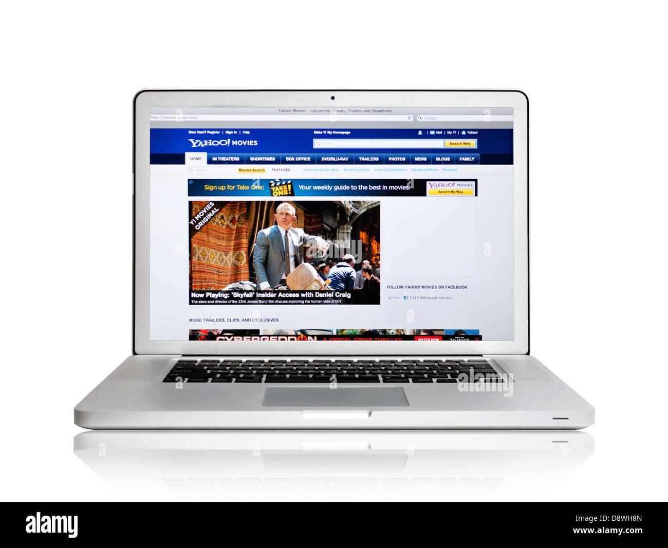 Yahoo movies website on laptop screen - Stock Image