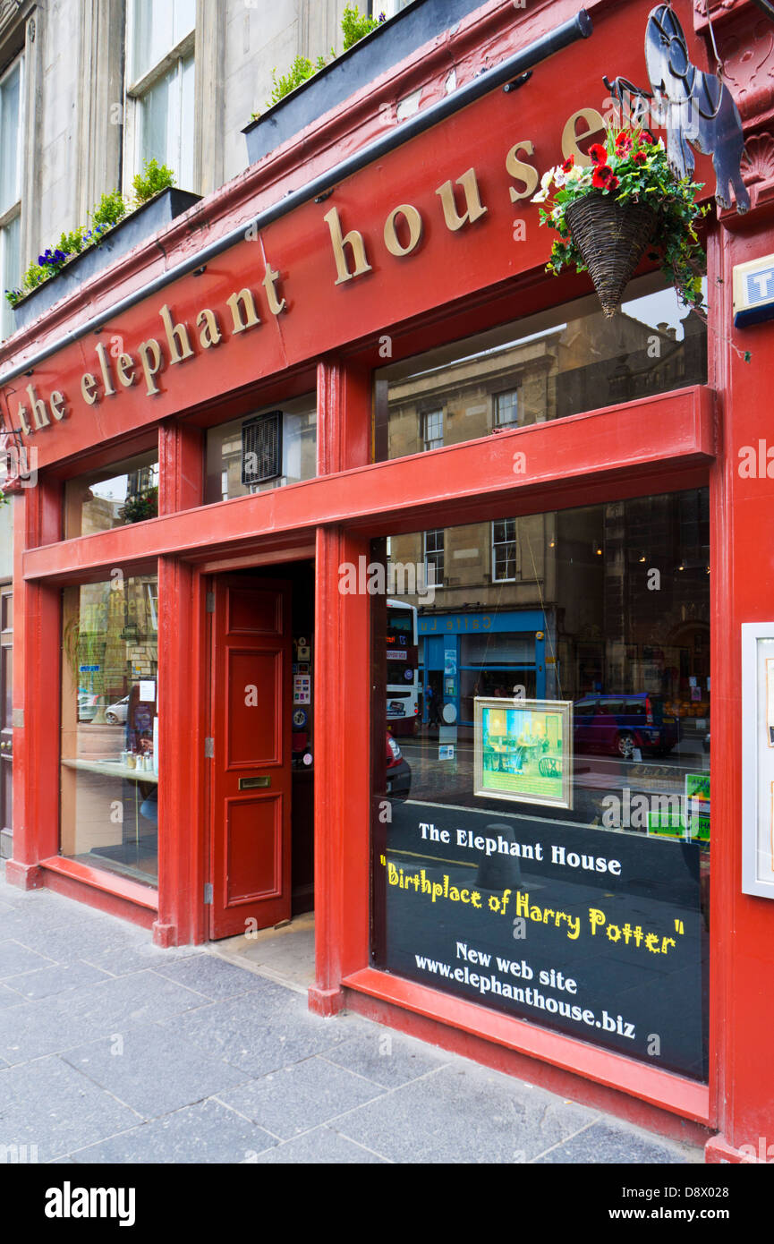 9a483afe8cdef9 The Elephant House Cafe where J. K. Rowling wrote the first Harry Potter  books George IV Bridge