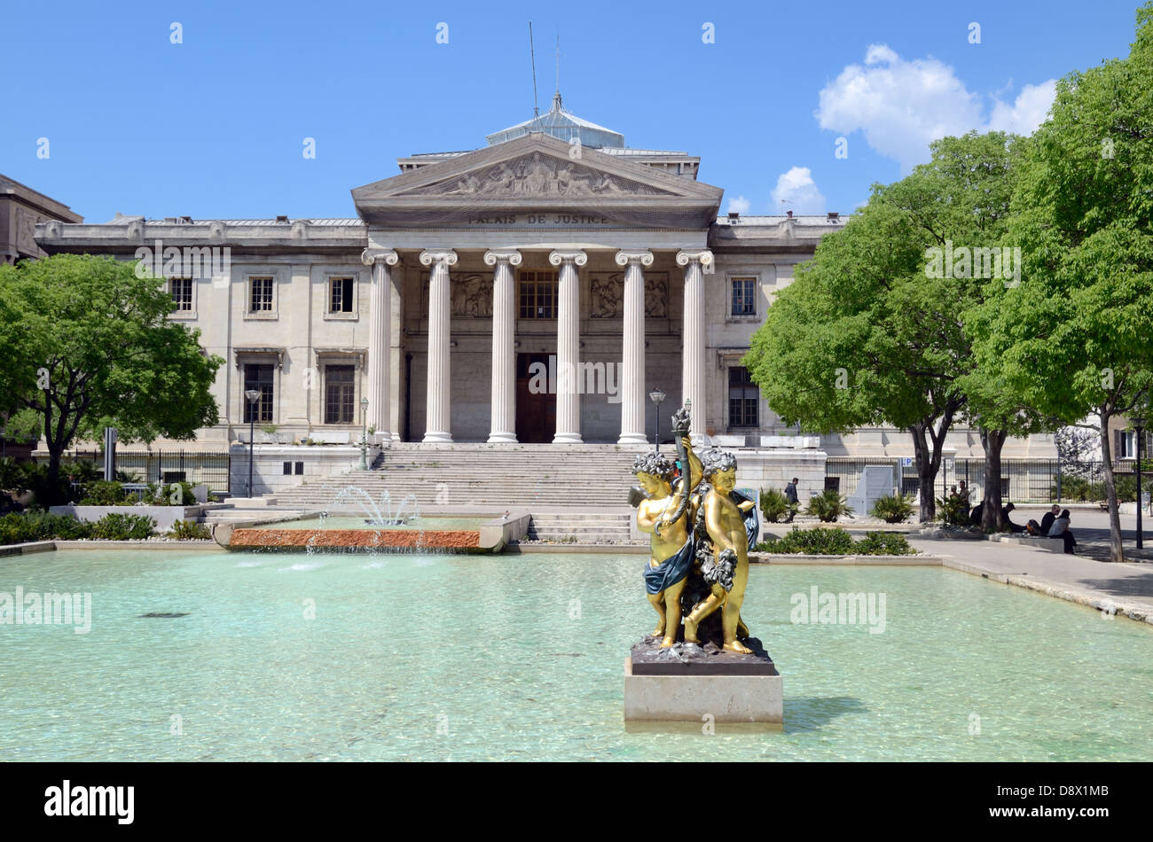 Neo-Classical Style Palais de Justice (1862) or Law Courts Place Montyon or Town Square & Ornamental Pool Marseille - Stock Image