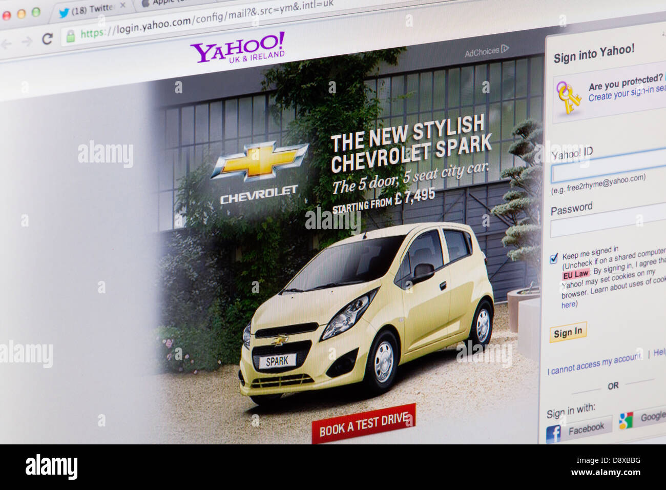 Yahoo Sign in Page Website or web page on a laptop screen or computer monitor - Stock Image