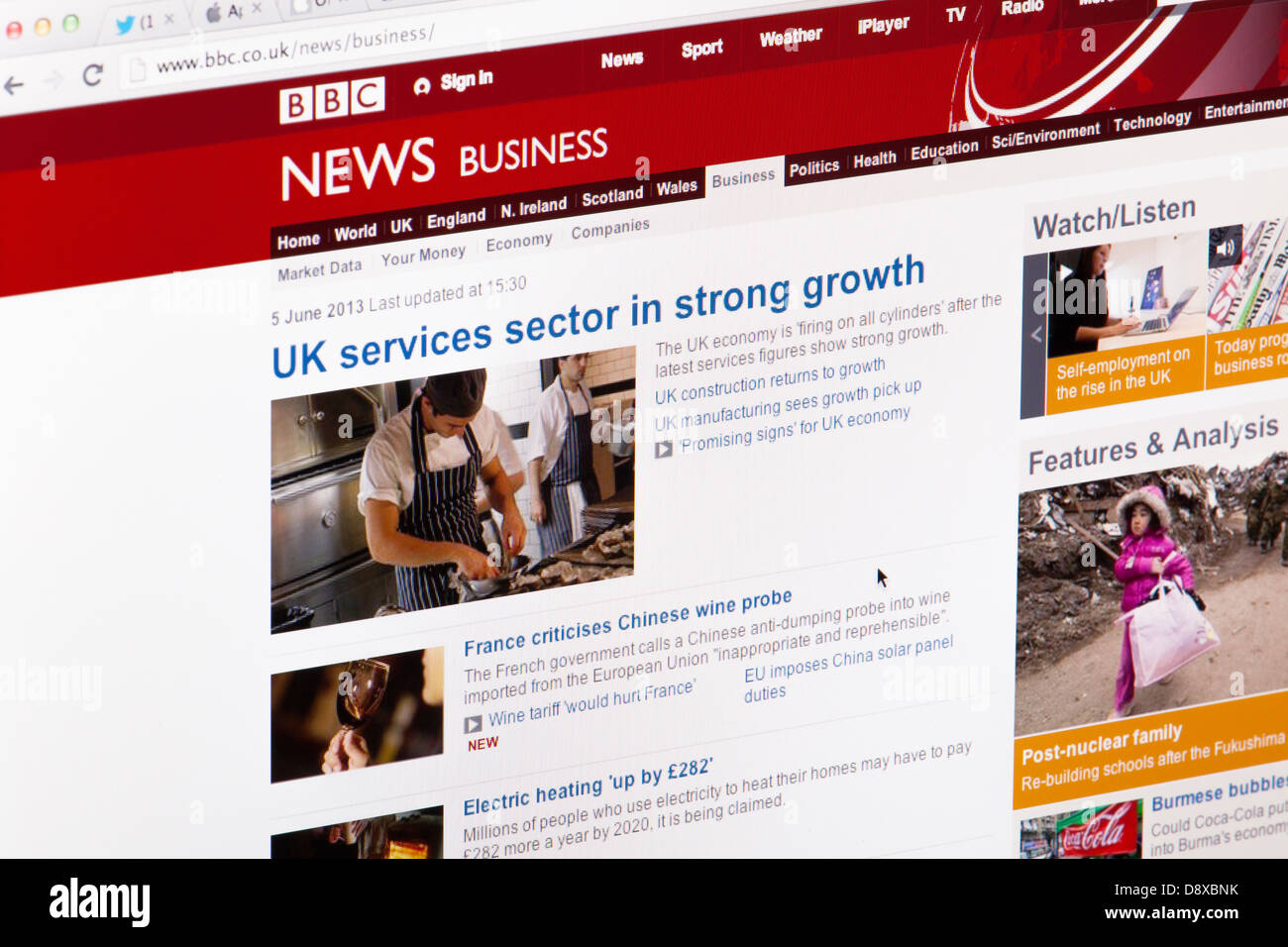 BBC News Business Pages Website or web page on a laptop screen or computer monitor - Stock Image