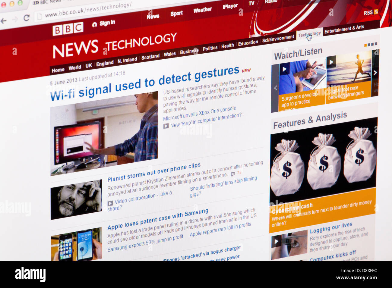 BBC News Technology home page website or web page on a laptop screen or computer monitor - Stock Image