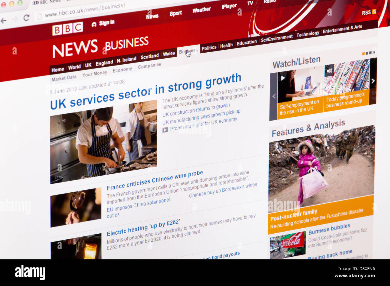 BBC News Business home page Website or web page on a laptop screen or computer monitor - Stock Image