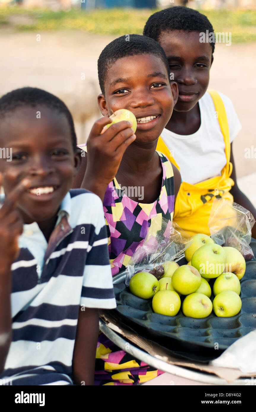 young fruit hawkers, cape coast, ghana, africa - Stock Image