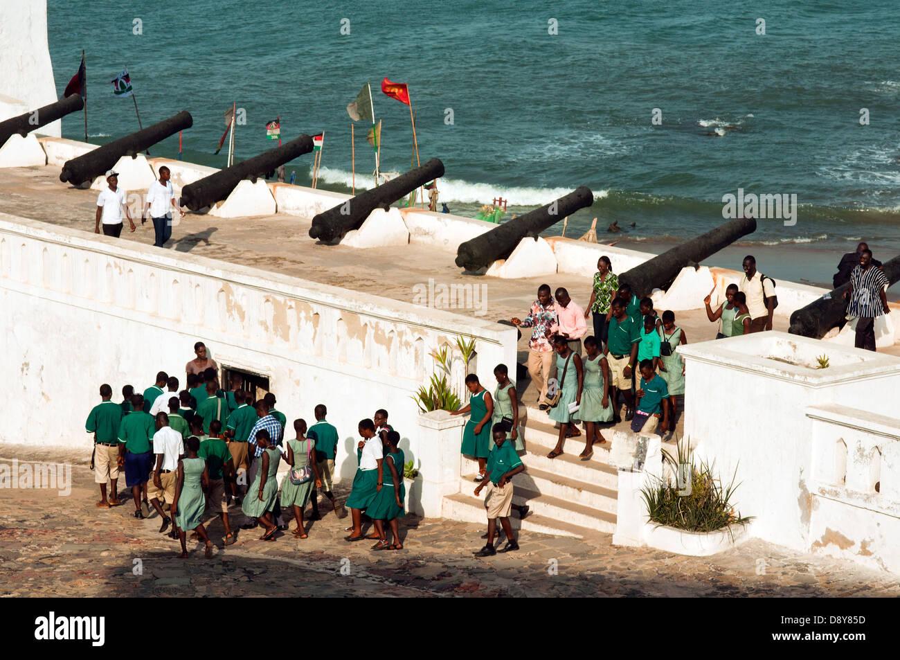 school children on bastion, cape coast castle, cape coast, ghana, africa - Stock Image