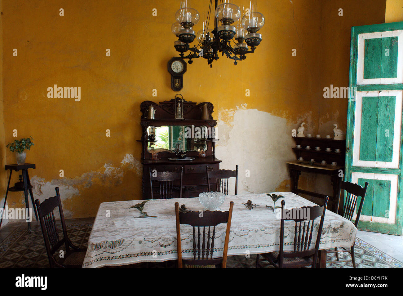Dining Room With Colonial Antique Furniture At Hacienda Yaxcopoil, Yucatan,  Mexico   Stock Image