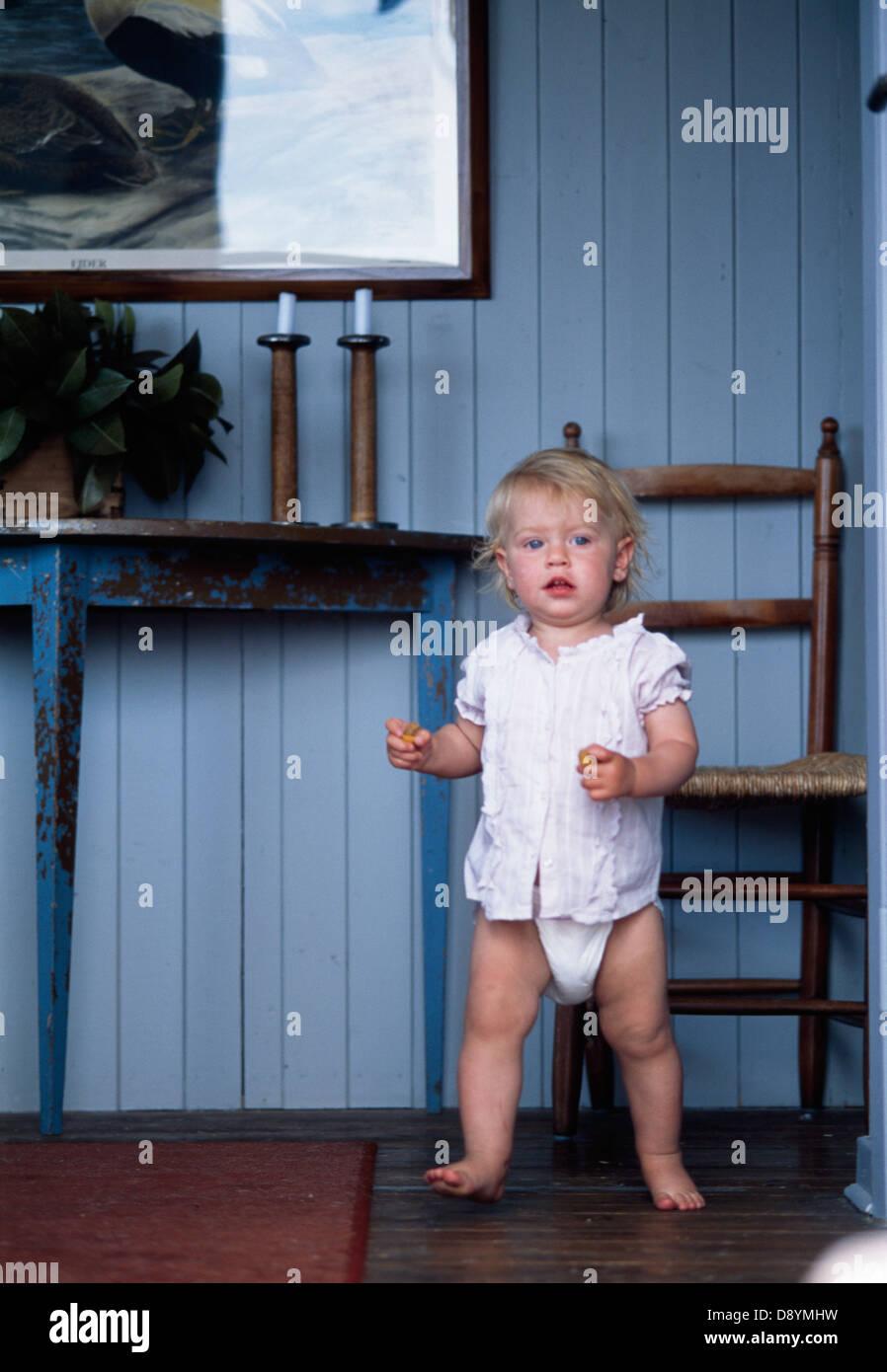 Baby girl wearing diaper Stock Photo: 57157237 - Alamy