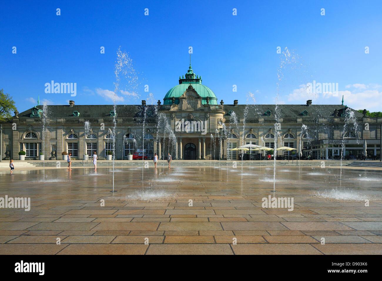 Kaiserpalais mit GOP-Variete-Theater im Kurpark von Bad Oeynhausen, Wiehengebirge, Nordrhein-Westfalen Stock Photo
