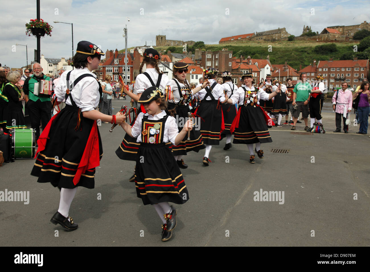 BRIGGATE MORRIS DANCERS WHITBY NORTH YORKSHIRE ENGLAND 18 August 2012 - Stock Image