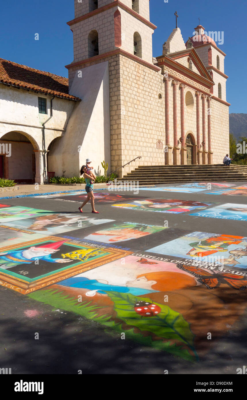 chalk paintings on forecourt of the Old Mission in Santa Barbara during the I Madonnari festival; Santa Barbara; - Stock Image