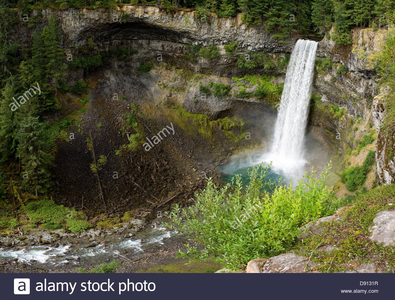 Brandywine Falls (70 metre waterfall), Brandywine Falls Provincial Park, British Columbia, Canada - Stock Image