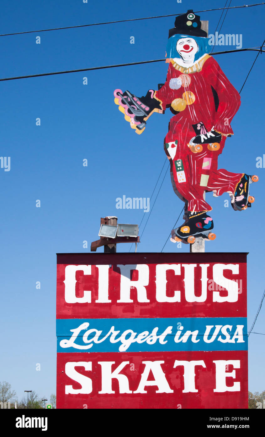Clown on the Circus Skate sign in Murray Kentucky - Stock Image