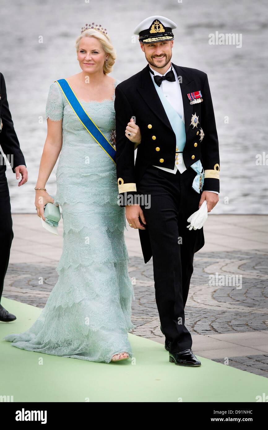 Haakon Mette Marit Wedding Stock Photos & Haakon Mette Marit Wedding ...