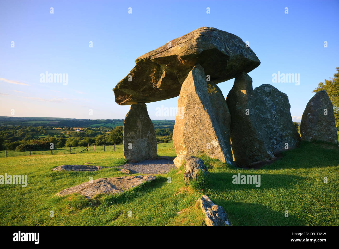 Pentre Ifan Burial Chamber Preseli hills Pembrokeshire Wales - Stock Image
