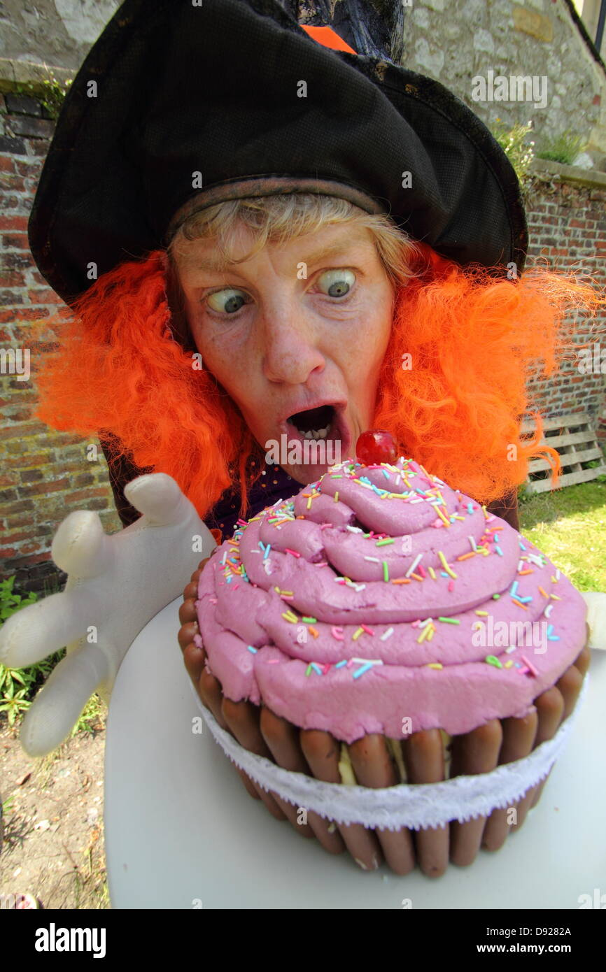 Bakewell, Derbyshire, UK. 9th June 2013. Bakewell Baking Festival. The Mad Hatter, Alison Benefield from Story Bag - Stock Image