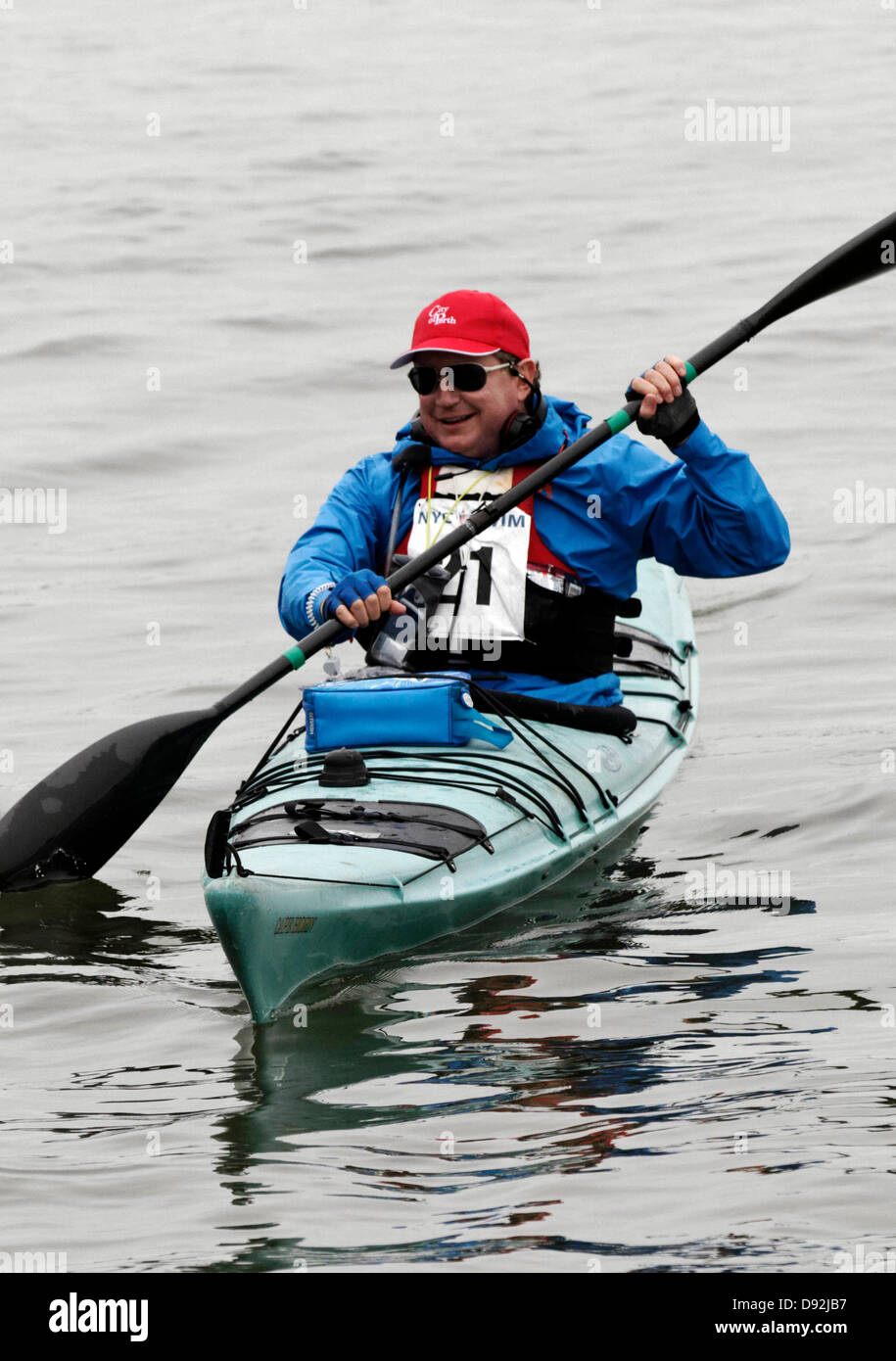 NEW YORK CITY, USA. 8 June, 2013. Australian mining magnate Andrew 'twiggy' Forrest in his kayak before - Stock Image