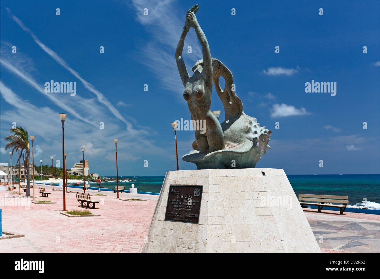 La Triguana (The Brunette) Statue, Isal Mujeres, Quintana Roo, Mexico - Stock Image