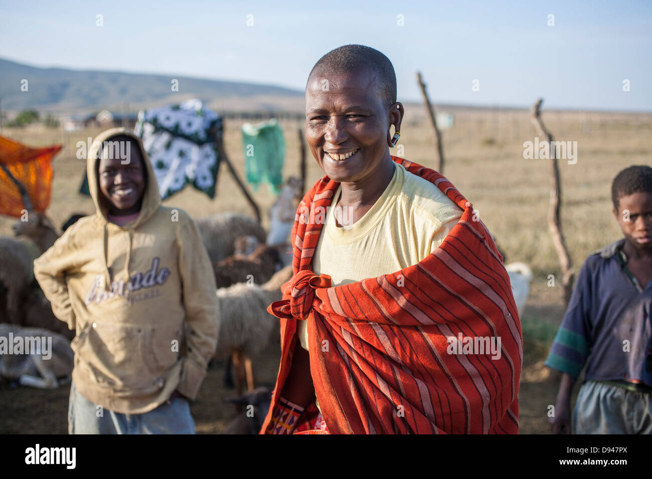 Maasai woman and her family in the Rift Vally of Kenya - Stock Image