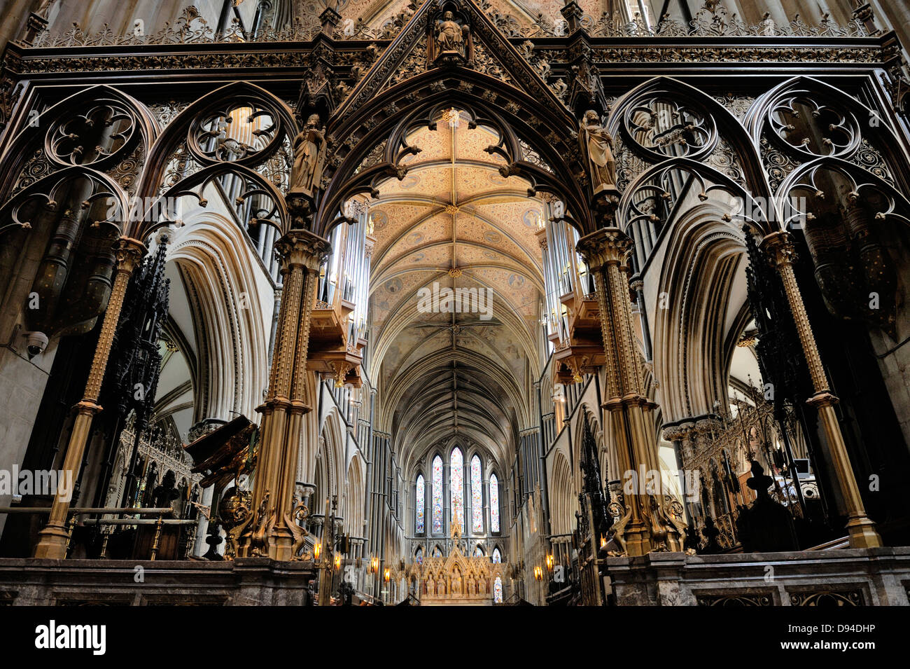 Worcester Cathedral, England. Looking east through the Rood screen and Choir to the High Altar Stock Photo