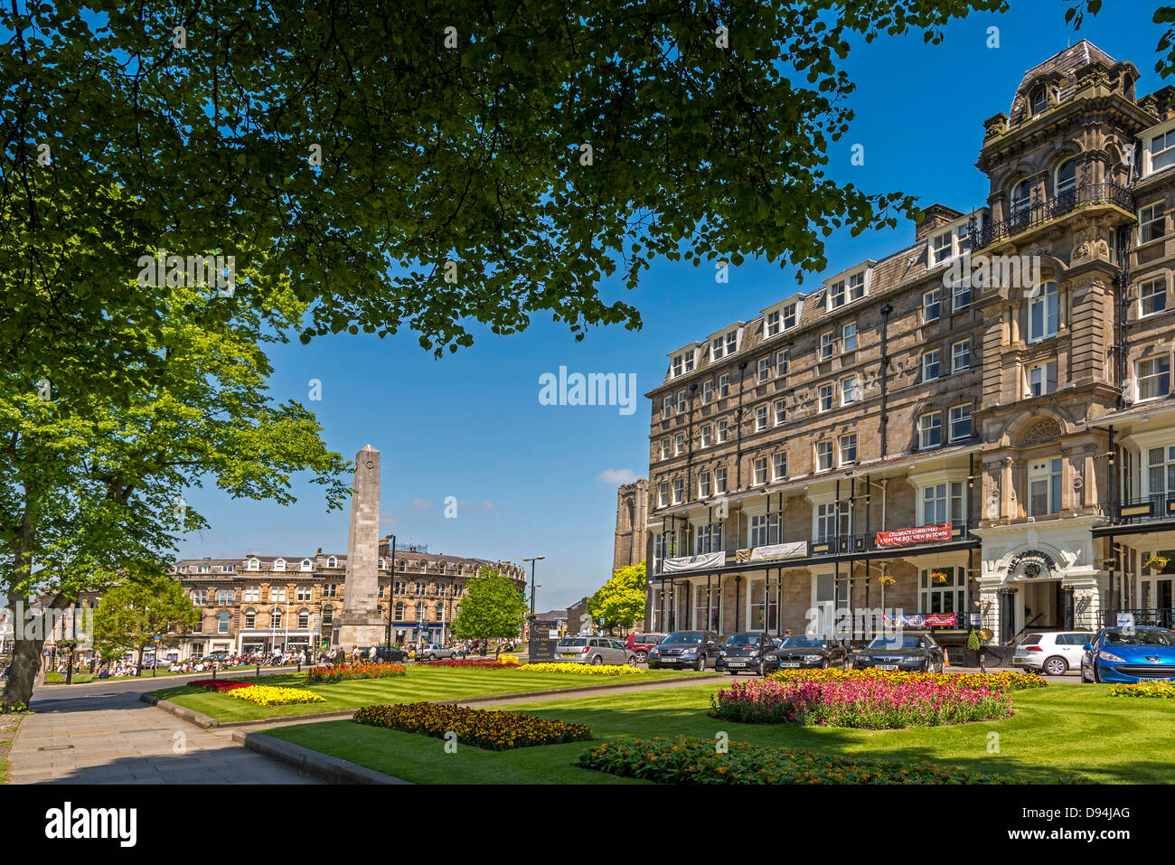 The Cenotaph in Harrogate  town centre with the Yorkshire Hotel on the right. The North of England. - Stock Image