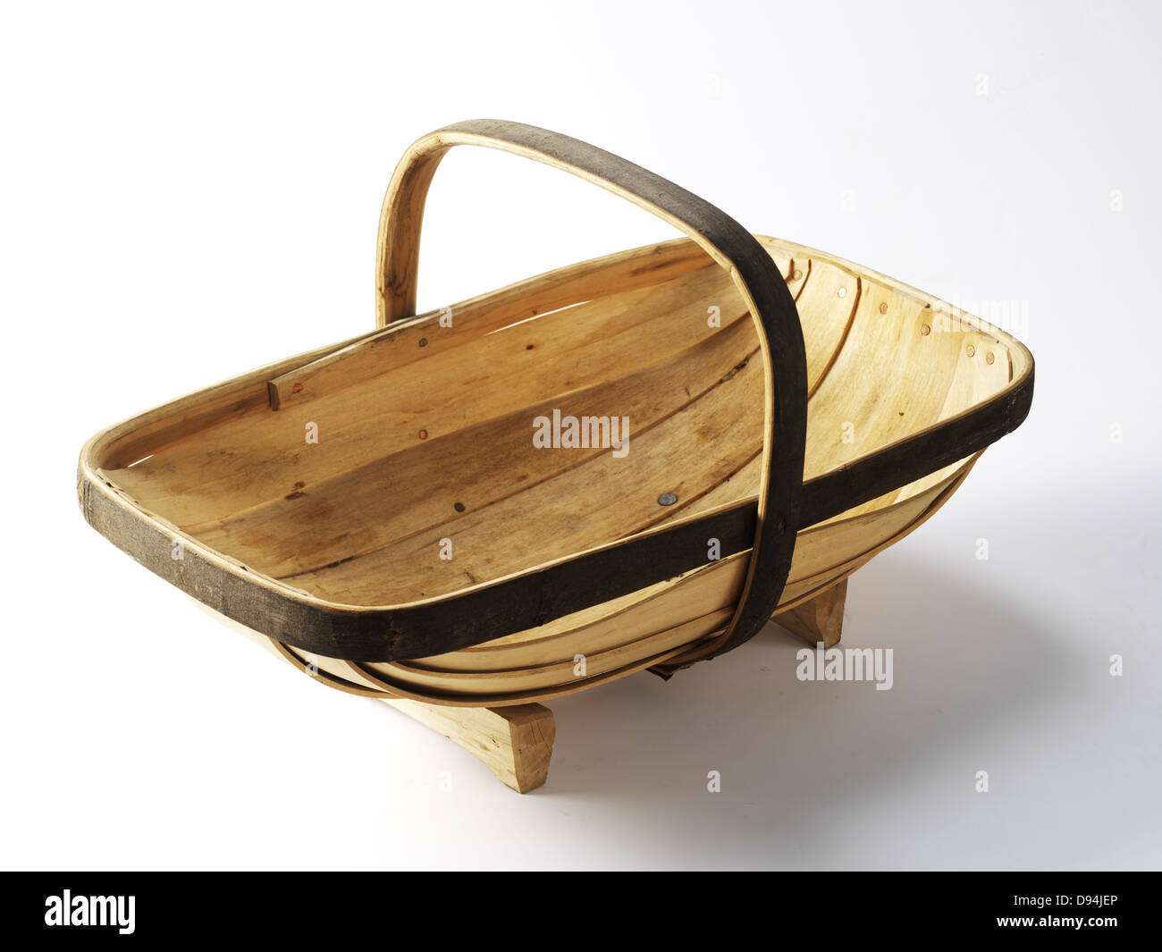 Traditional English Garden Trug made from Chestnut and Willow Stock ...