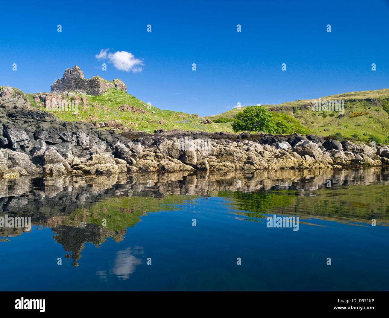 Ardtornish Castle, Scotland, on the mainland side of the Sound Of Mull - Stock Image