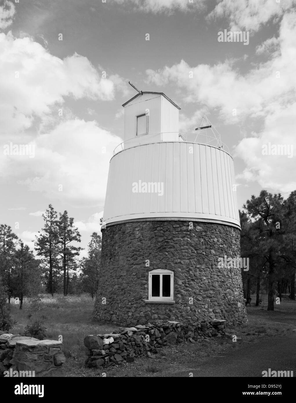 The Pluto Dome at Lowell Observatory in Flagstaff, Arizona. The dwarf planet Pluto was discovered by Clyde Tombaugh - Stock Image