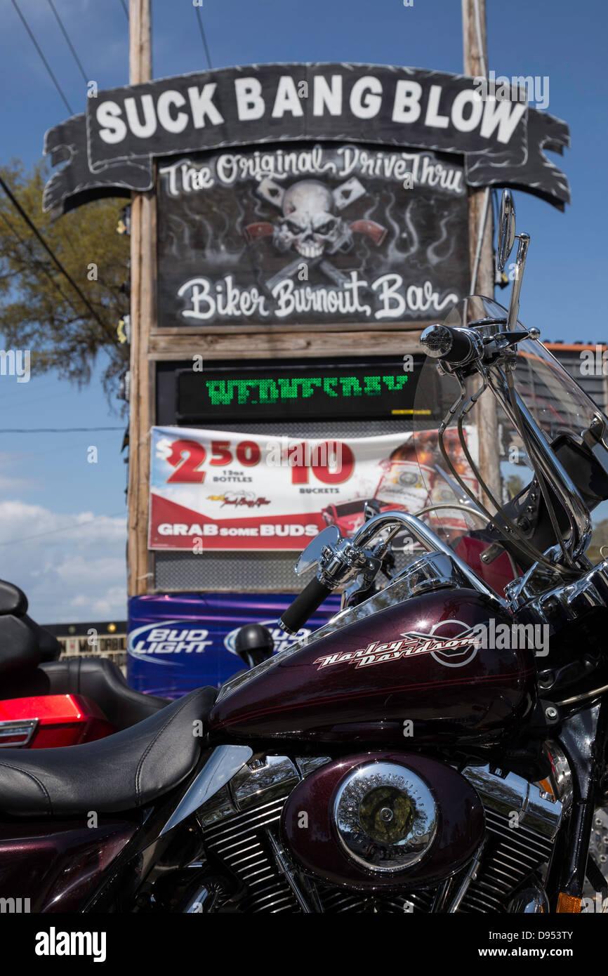 lesbians-naked-suck-bang-blow-biker-bar
