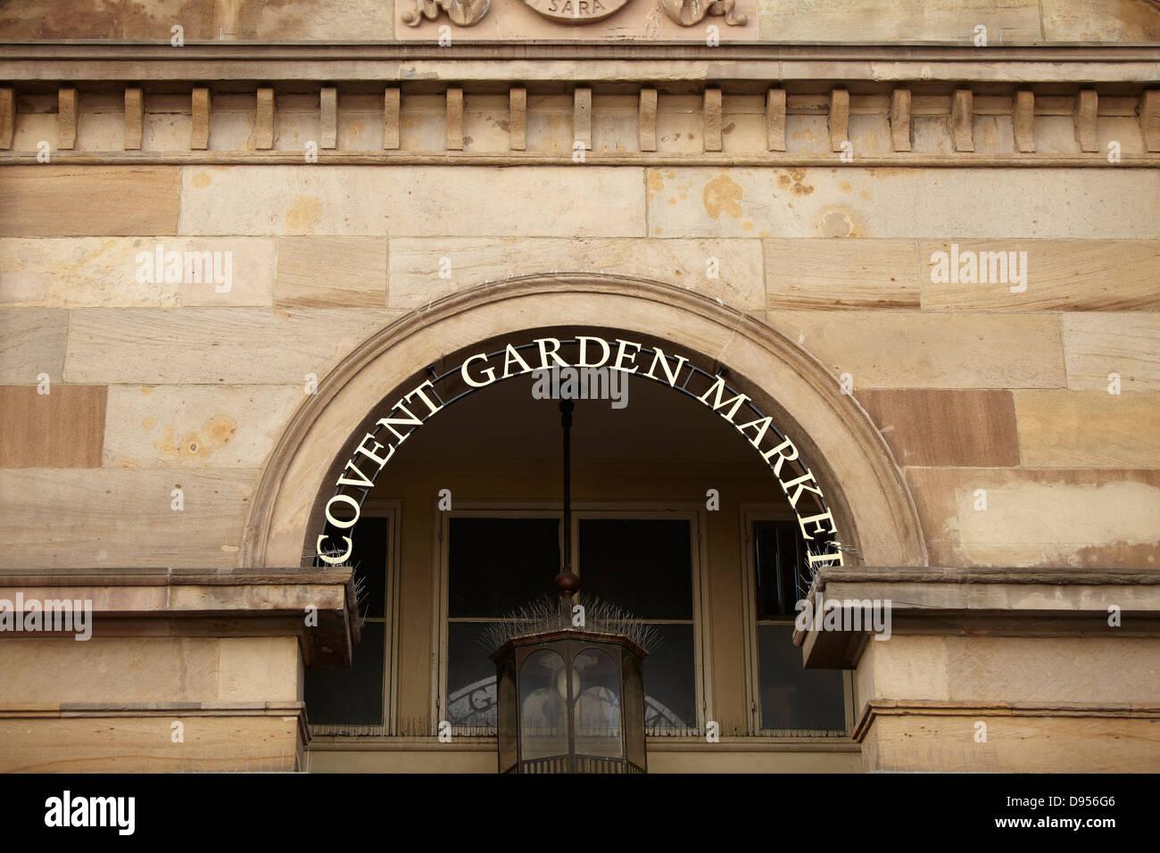 https://c8.alamy.com/comp/D956G6/covent-garden-market-sign-D956G6.jpg