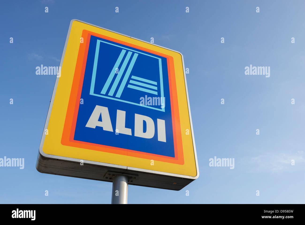 Aldi supermarket sign Stock Photo