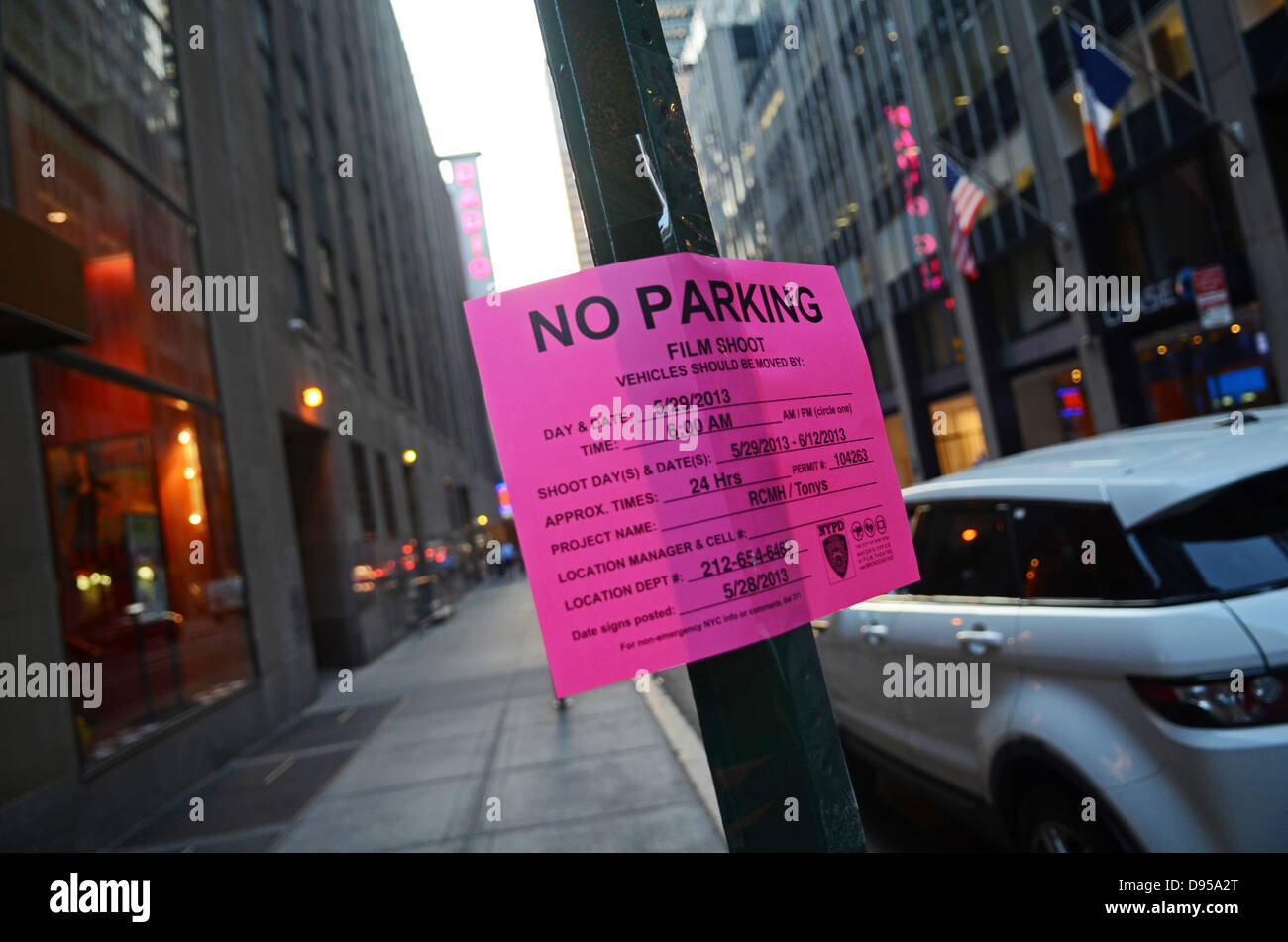 f4f63a8236479 Filming In Manhattan New York City Stock Photos   Filming In ...