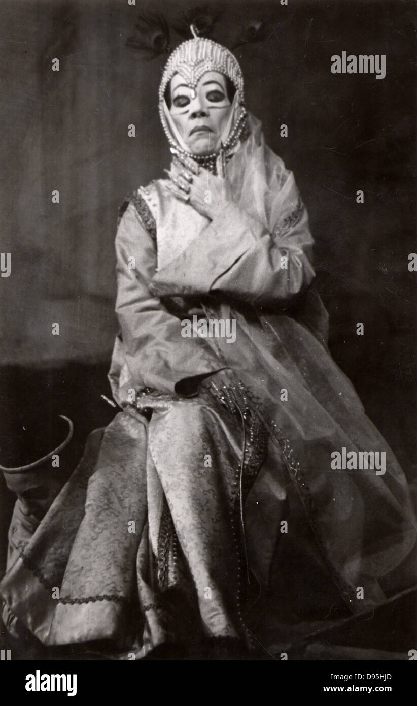 Bertholt Brecht (1898-1956) German playwright and poet. Production of his play 'The Caucasian Chalk Circle' - Stock Image