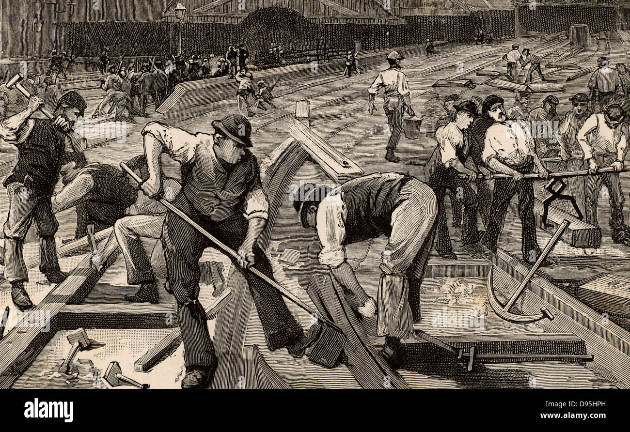 The end of broad gauge, 1892. Work in progress at Plymouth station, Devonshire, to change from broad gauge to standard - Stock Image