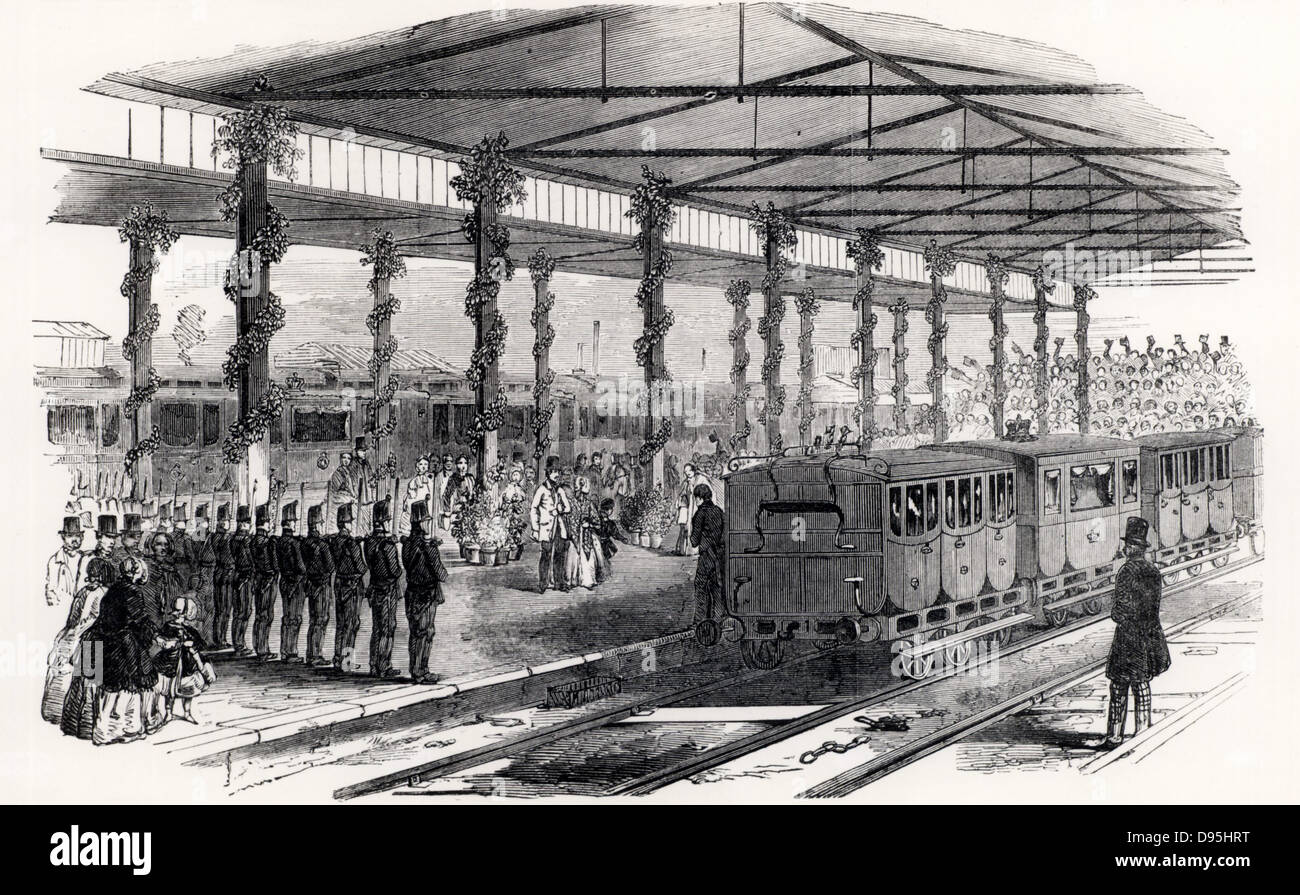 Queen Victoria changing trains at Gloucester, 1849. Sambaed Kingdom Brunel (1806-1859) favoured the 7ft 1/4inch - Stock Image