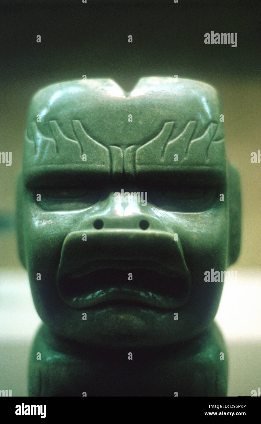 Pre-Columbian: Meso-America. Olmec 1150-800 BC. Carved jade head (of dragon?) - Stock Image