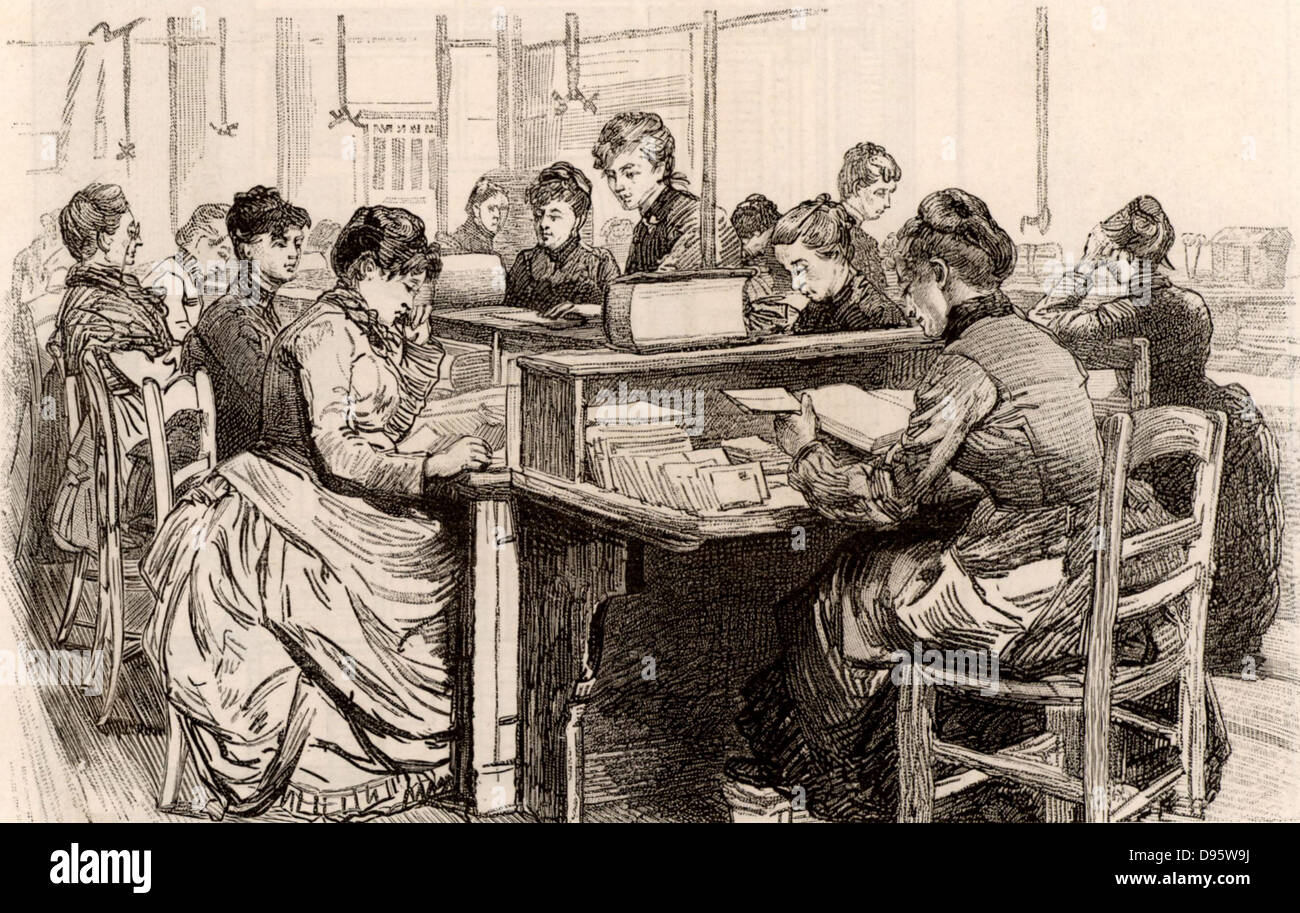 French postal service. Women in the Returned Letter Office trying to find the correct addresses to which returned Stock Photo