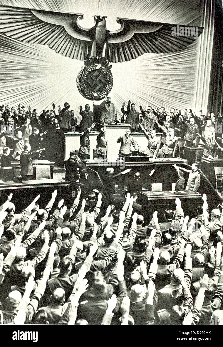 Adolf Hitler addressing a meeting in the Reichstag circa 1935. - Stock Image