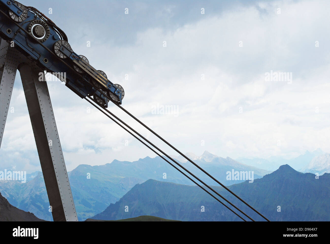 Pulley System Stock Photos & Pulley System Stock Images - Alamy
