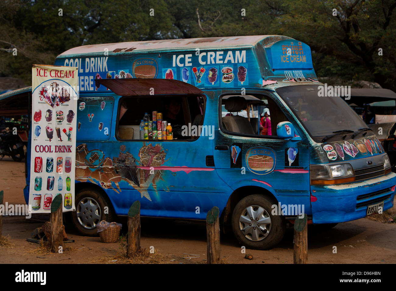 Ice cream van, Angkor Wat - Stock Image