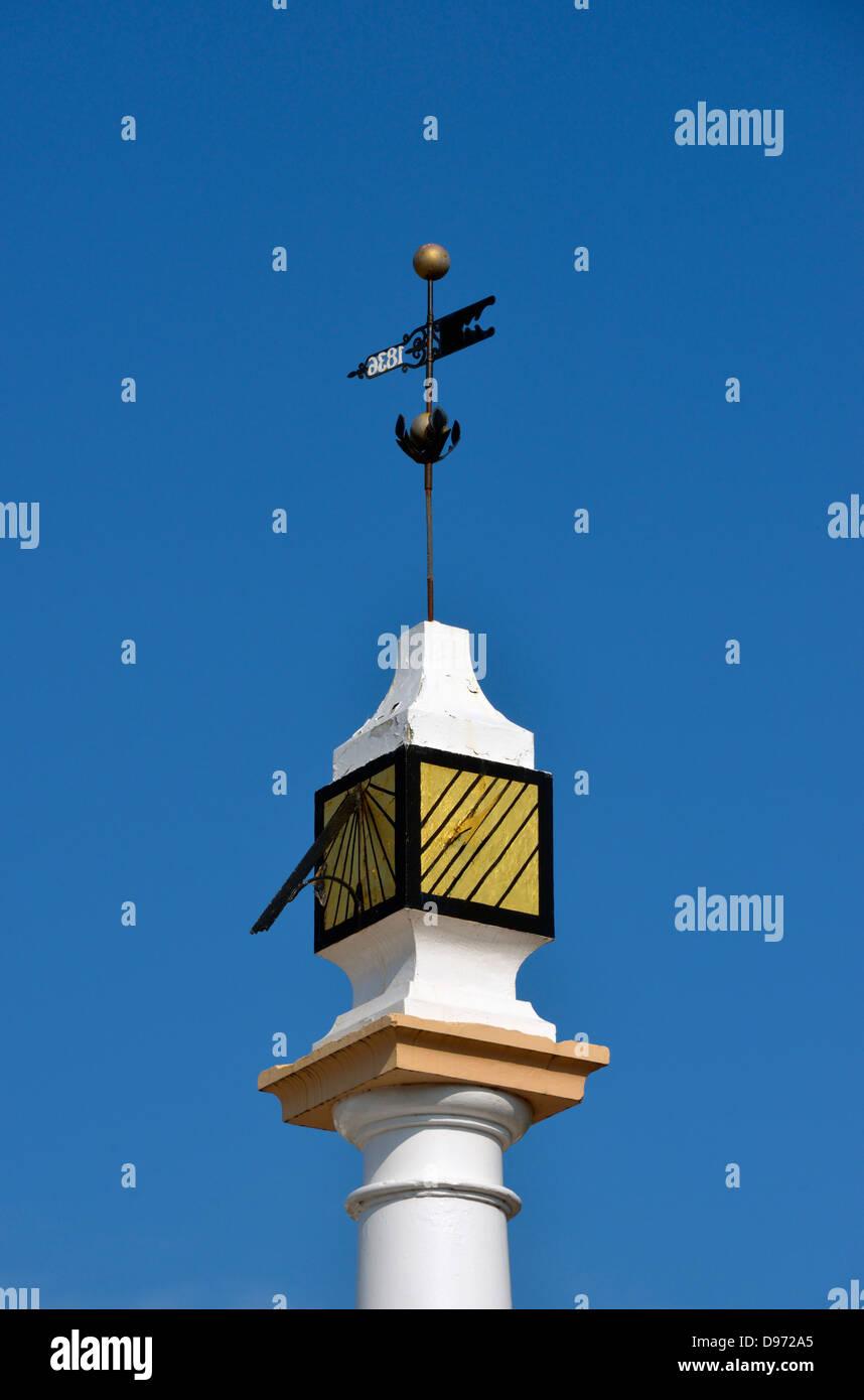 Low Cross (detail). Boroughgate, Appleby-in Westmorland, Cumbria, England, United Kingdom, Europe. - Stock Image