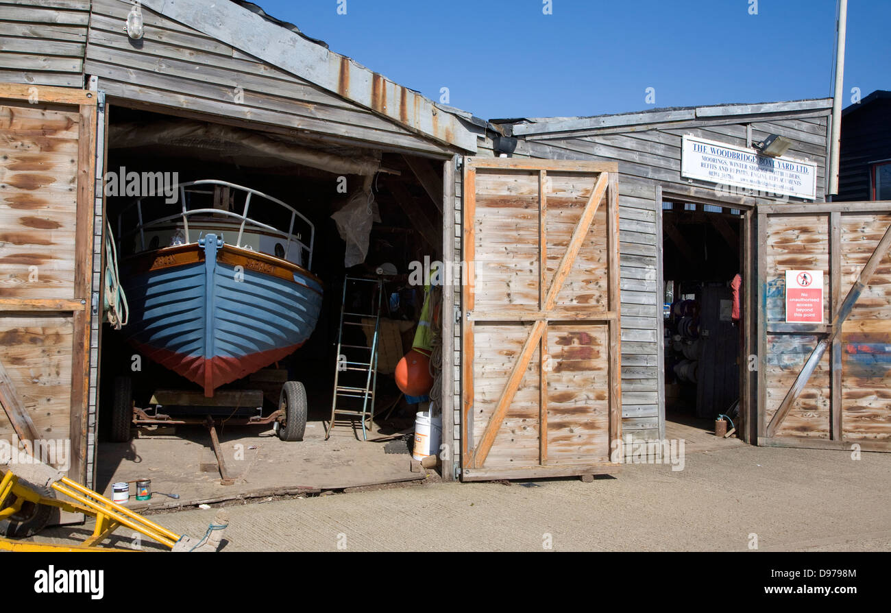 Boats being repaired in boatyard, Woodbridge, Suffolk, England - Stock Image